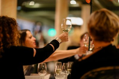 Guests toasting to James Beard's legacy